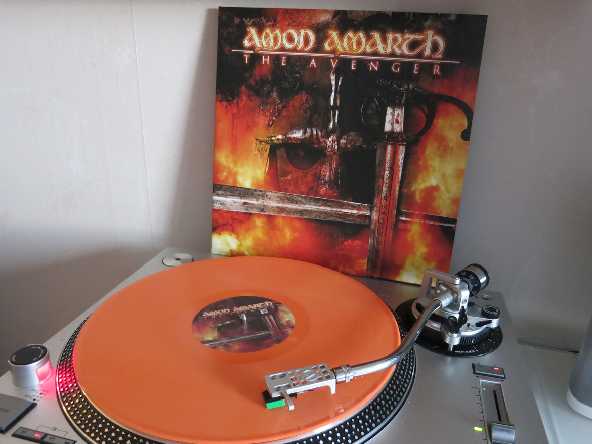 amon-amarth-the-avenger
